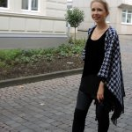 Cape and Overknees houndstooth for fall 2014 black fashionblog streestyle sexy