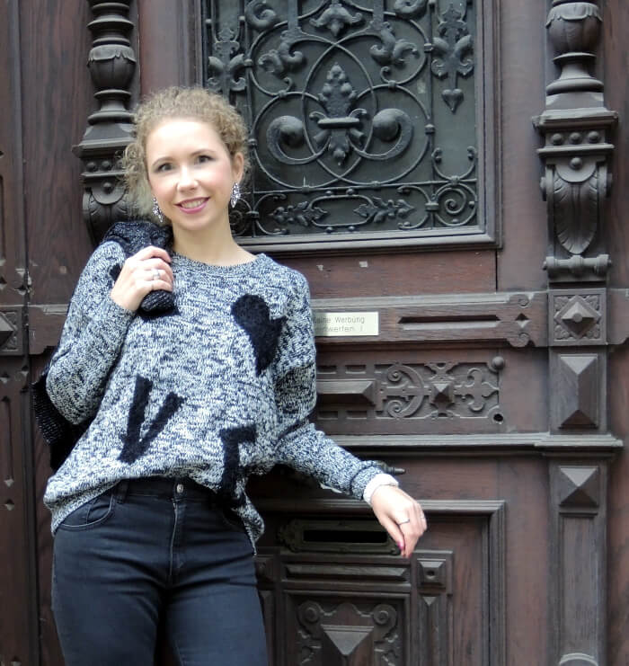 Outfit: Knit and Highwaist Jeans Fashionblog Zara Kationette OOTD Look Streetstyle