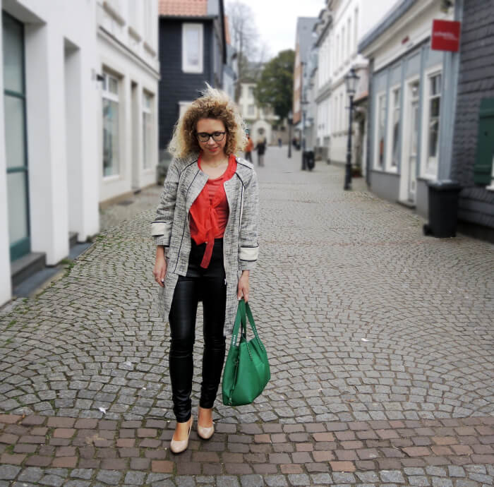 Outfit: Nude Pumps and Leather Pants, Fashionblog, Look, Streetstyle, Kationette, Modeblog