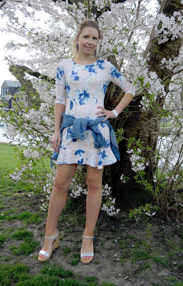 Spring Outfit: Cherry Blossoms and Zara Scuba Dress, Frühling, Kirschblüte, Fashionblog, Modeblog, Kationette
