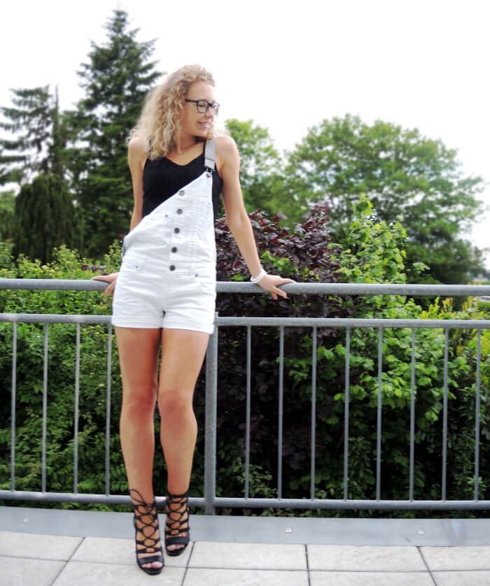 Outfit: Dungarees And Lace-Up Heels, Fashionblog, Modeblog, Kationette, Look, Style, Streetstyle