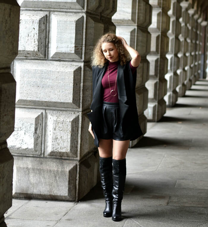 Outfit: HMBalmaination - H&M x Balmain, Kationette, Fashionblog, Modeblog, Streetstyle, Overknees