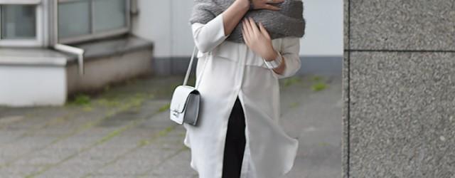 Outfit: Long blouse, Overknees and mini bag, Kationette, Fashionblog, Modeblog, Streetstyle