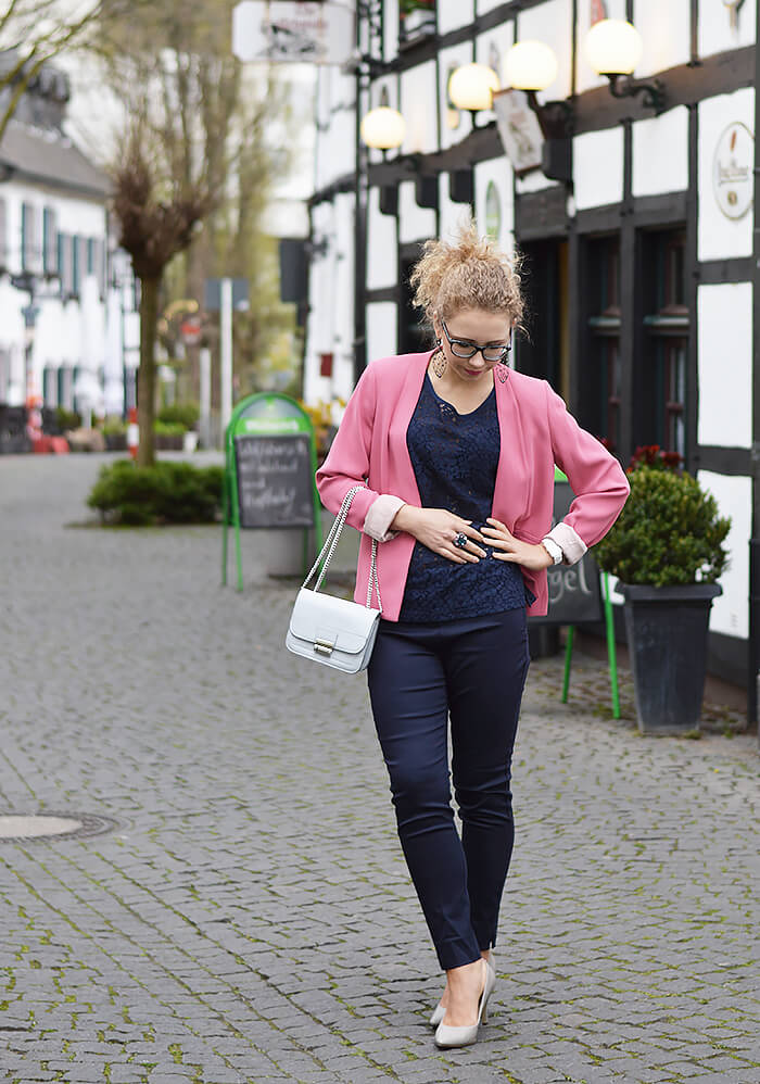 Outfit: Classy in Pale Pink and Navy Blue