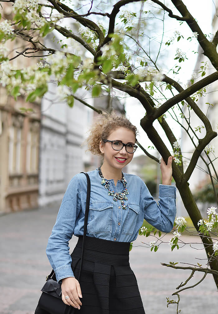 Outfit: Flared Skirt, Denim Shirt and Statement Necklace