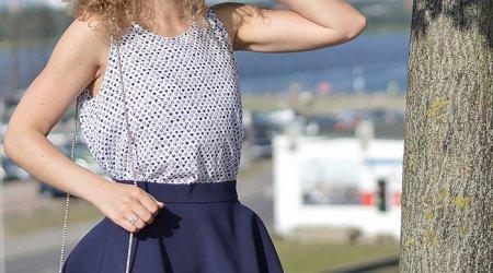 Kationette-outfit-maritime-flared-skirt-furla-metropolis-rostock