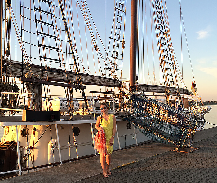 Travel: Dinner Event at Kationette-Travelblog-Radisson-Blu-Rostock-sunset-city-harbor-romance