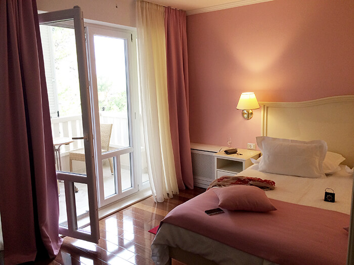 Kationette-travelblog-coatia-brela-adria-riviera-coast-beach-hotel-sunceva-postelja