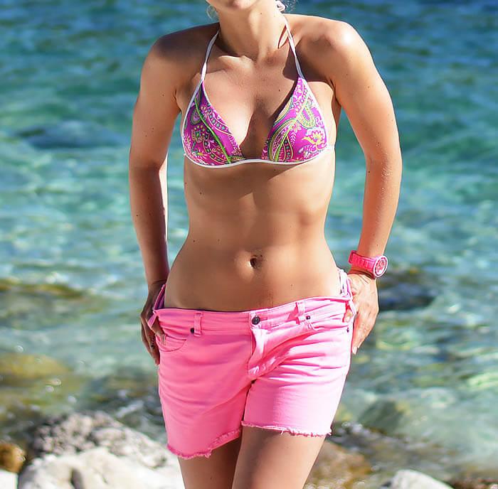 Beach outfit - bikini shoot on krocula