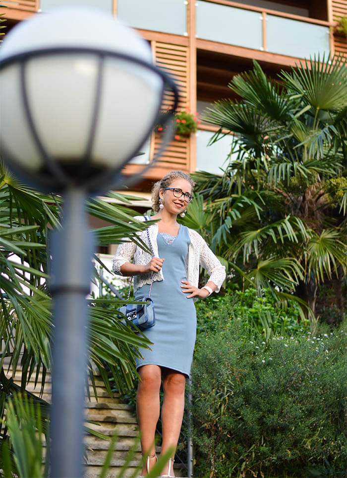 Outfit: Light Blue Mango Dress, Michael Kors Bag and T-Strap Sandals from Tamaris at Hotel Hohenwart, South Tirol