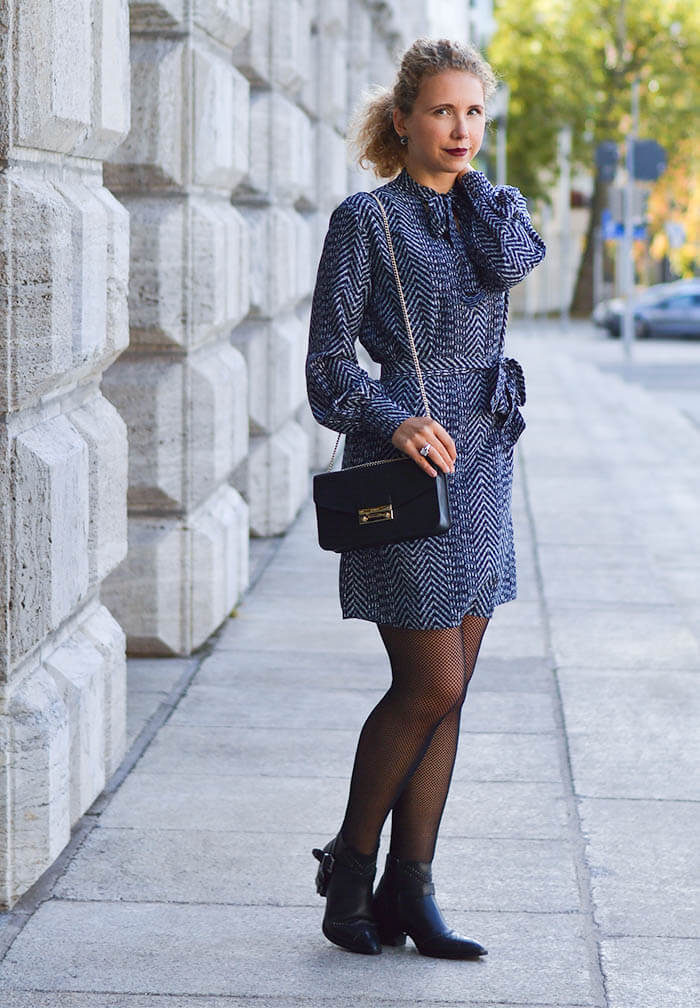Outfit: Bow tie dress, fishnet stockings, furla and ankle booties