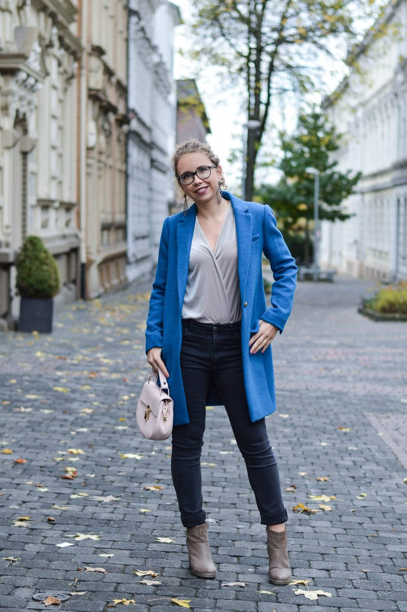 outfit new booties zara velvet bodysuit and blue coat from j crew kationette. Black Bedroom Furniture Sets. Home Design Ideas