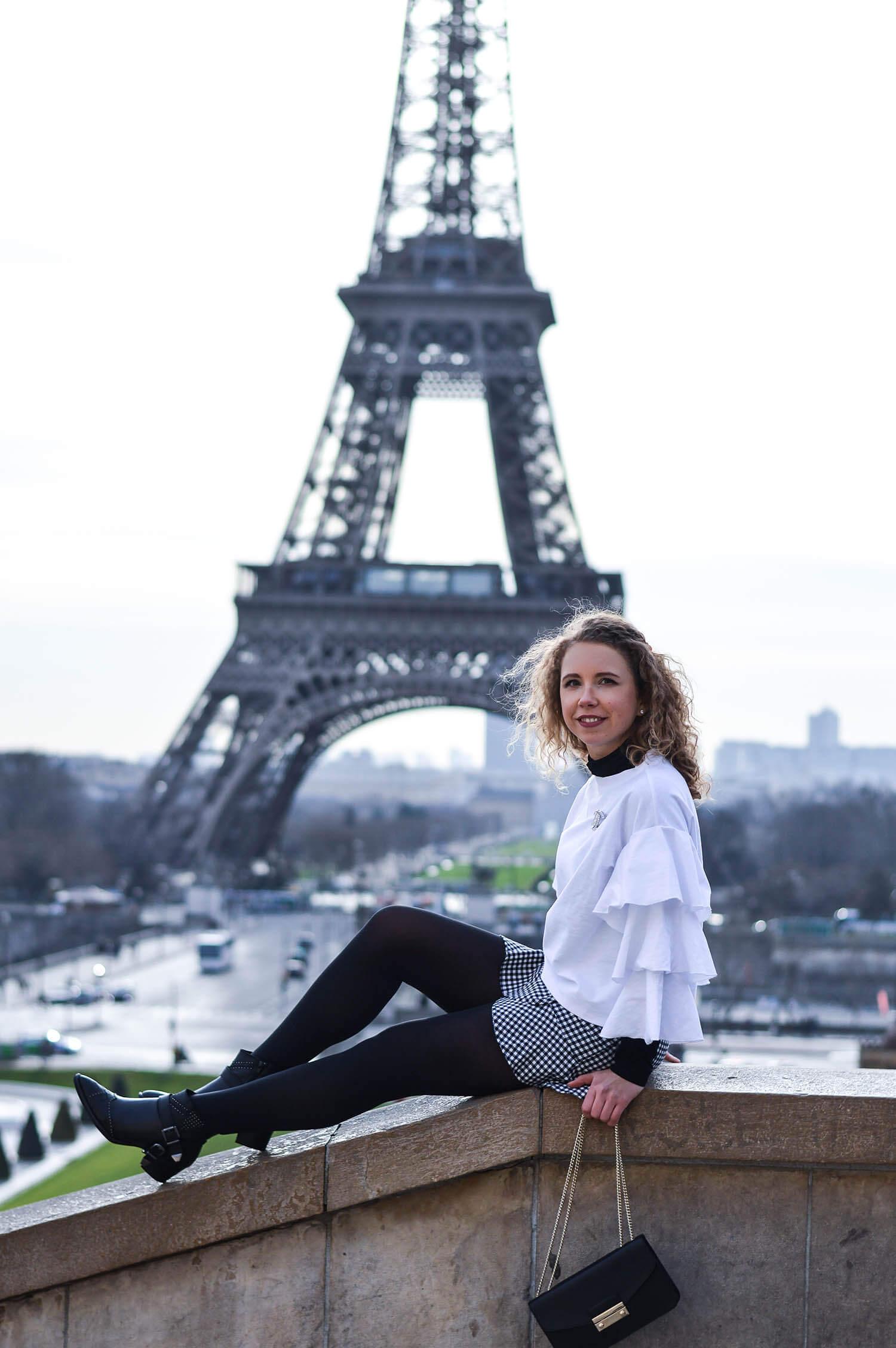 Kationette-Fashionblog-Kationette-Outfit-Volants-Vichy-Check-Chanel-EiffelTower-Paris