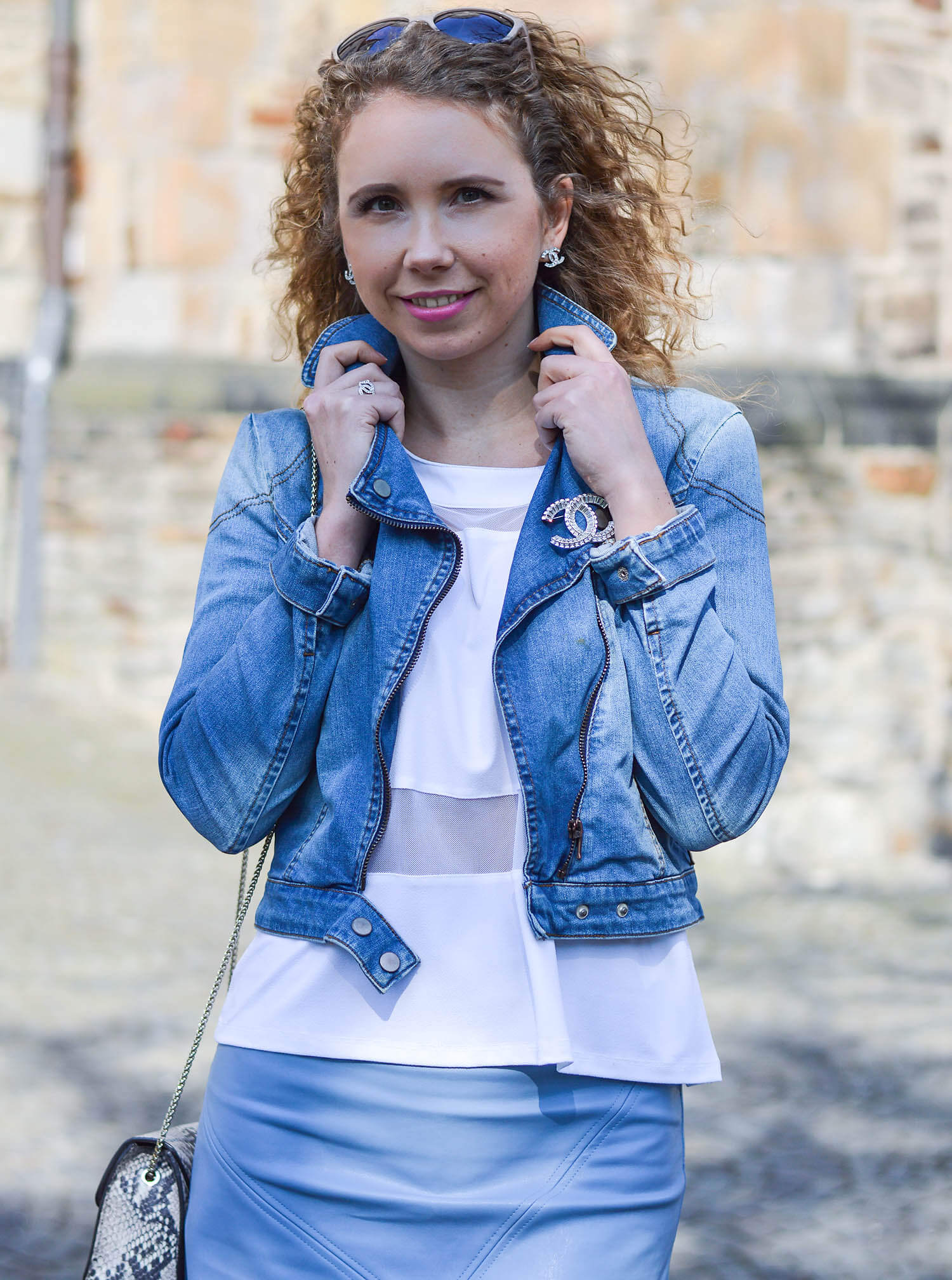 Kationette-fashionblog-nrw-outfit-white-and-blue-zara-chanel-spring-streetstyle