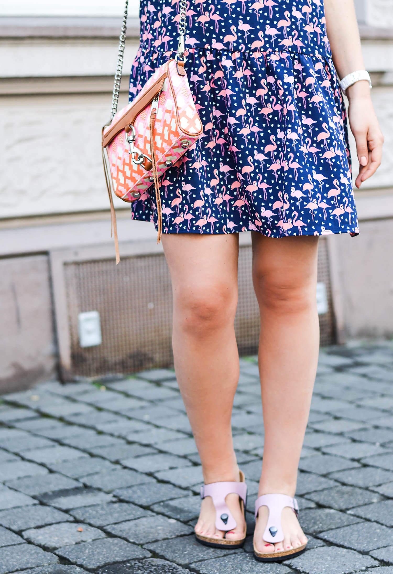 kationette-fashionblog-nrw-Outfit-Flamingo-Dress-Rebecca-Minkoff-Bag-Birkenstock