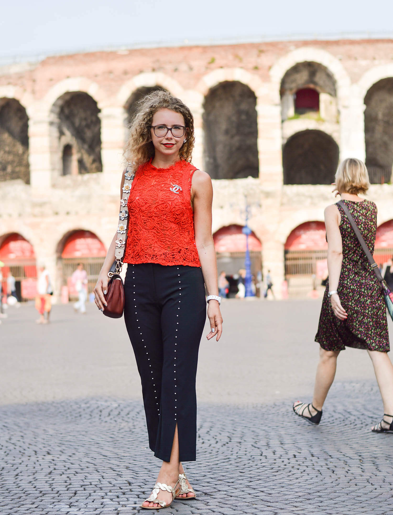 kationette-fashionblog-travelblog-Zara-Outfit-Lace-Top-Pearl-Pants-Verona-Italy