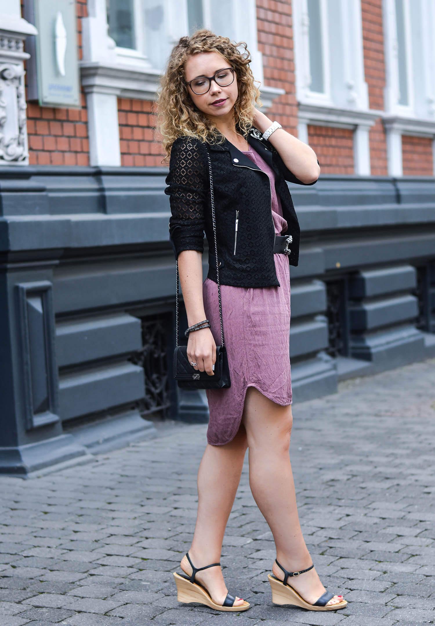 Kationette-fashionblog-nrw-Outfit-Pink-Dress-Gucci-Belt-Zara-Lace-Jacket