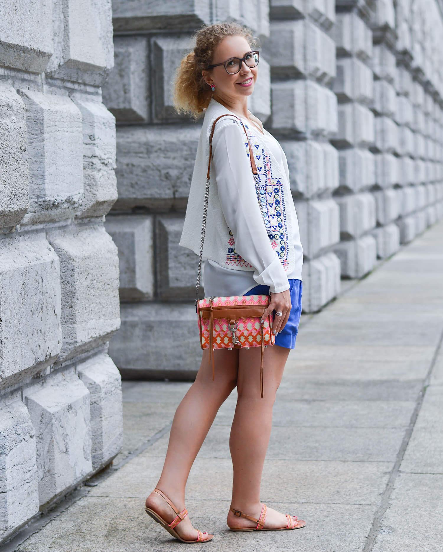 Kationette-fashionblog-nrw-Outfit-Azure-and-White-Ibiza-Vibes-streetstyle