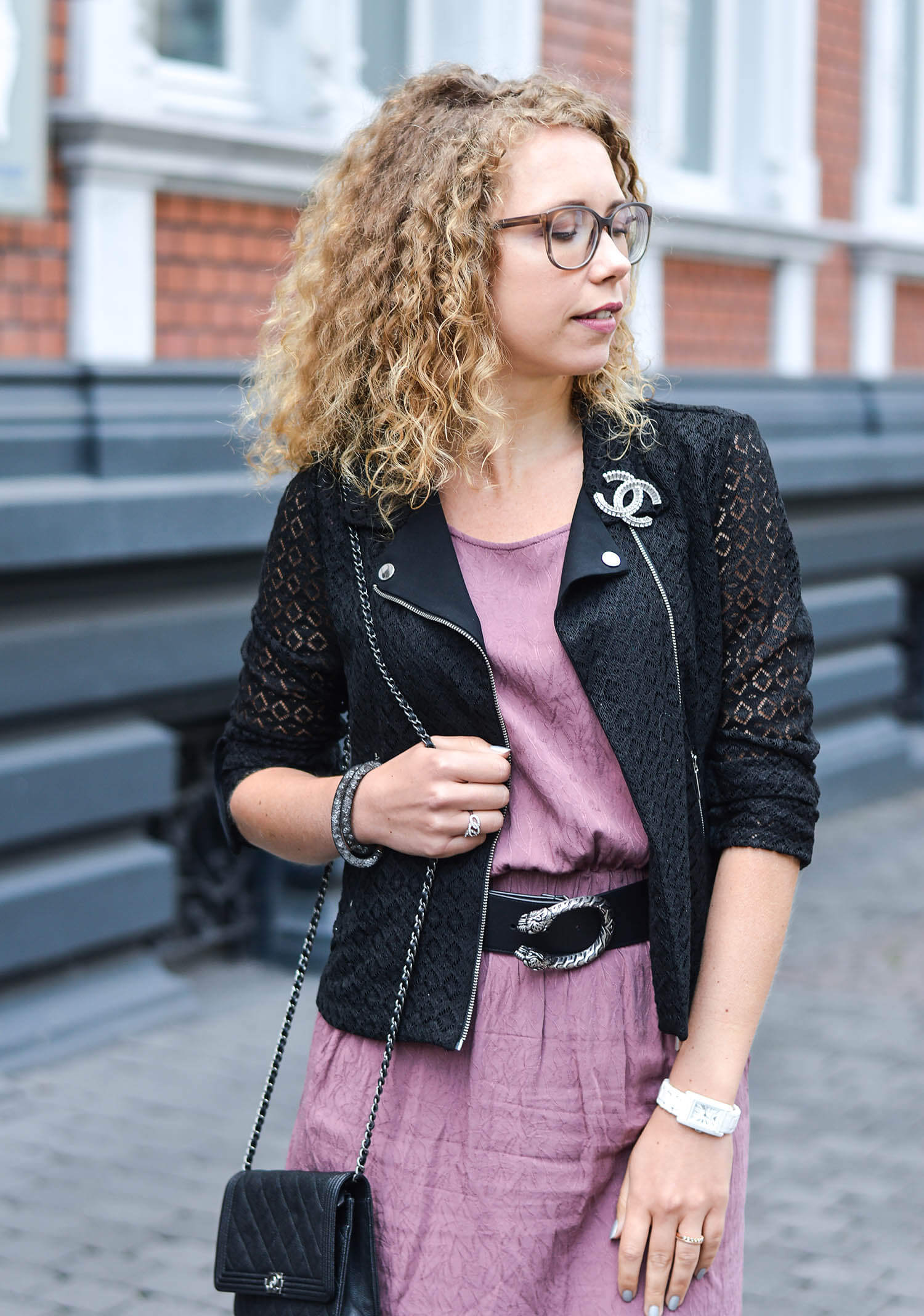 Kationette-fashionblog-nrw-Outfit-Pink-Dress-Gucci-Belt-Zara-Lace-Jacket