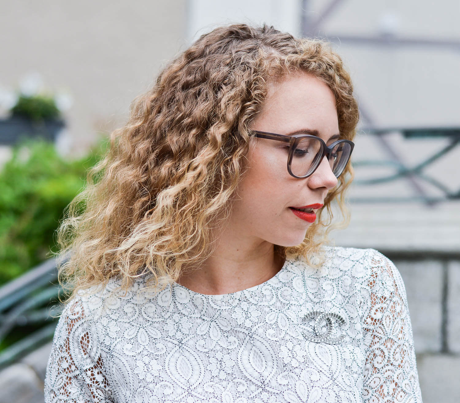 Kationette-fashionblog-nrw-Outfit-Wedding-Update-white-Lace-Dress-Adiletten