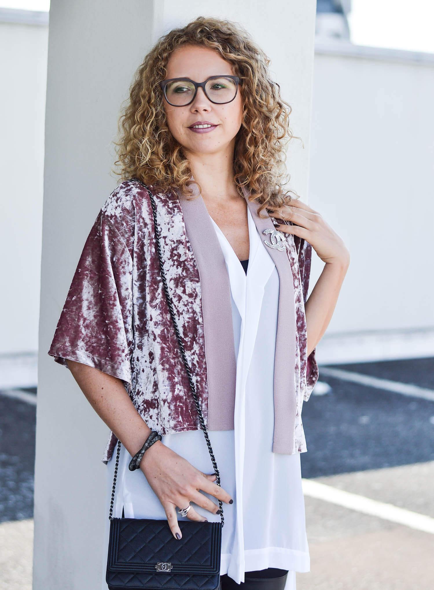 Kationette-fashionblog-nrw-Outfit-Tamaris-Platform-Shoes-Chanel-bag-Long-Blouse-and-Zara-Velvet-Jacket