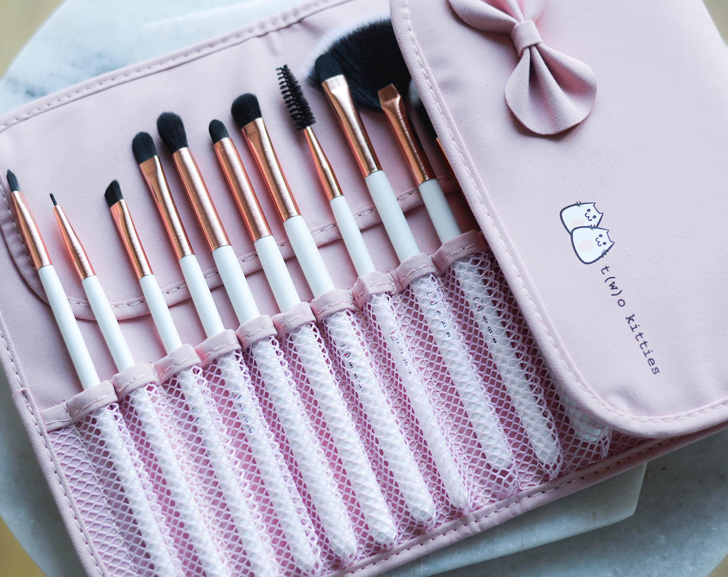kationette-lifestyleblog-beauty-Makeup-Brush-Set-from-two-kitties