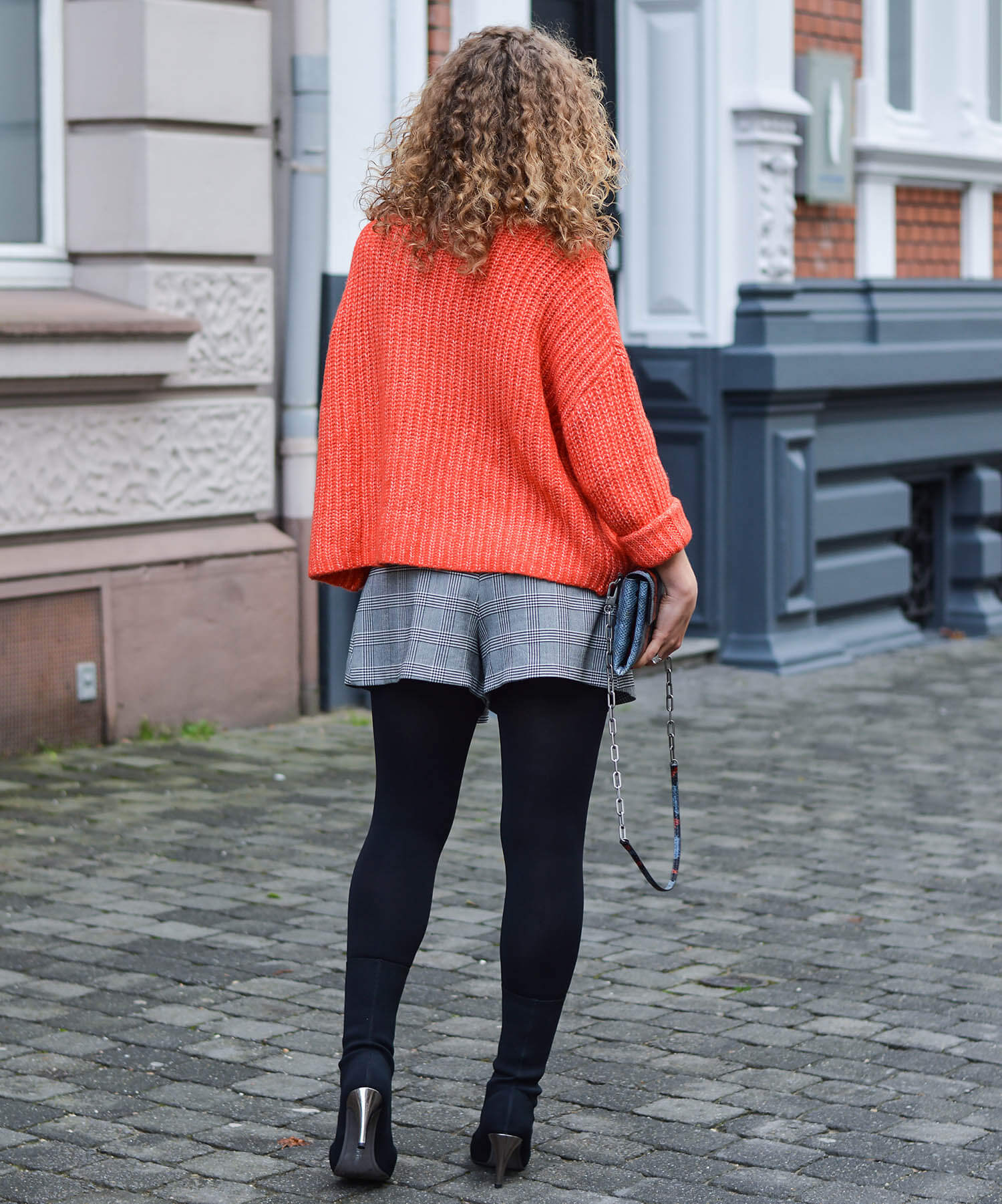 outfit zara glencheck skort red wool sweater and sock boots kationette. Black Bedroom Furniture Sets. Home Design Ideas