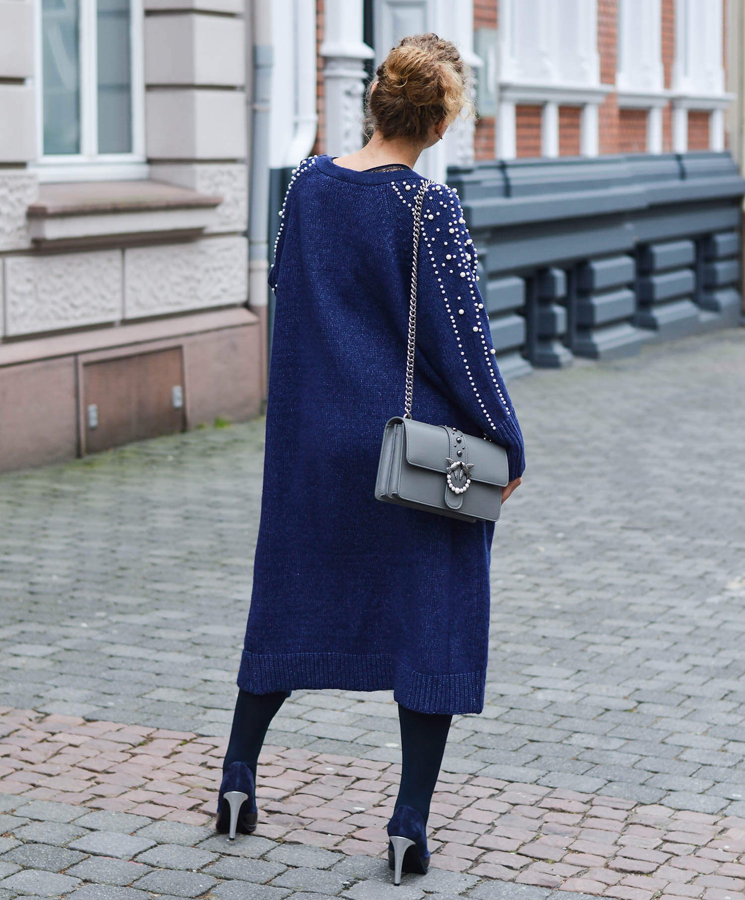 Kationette-Outfit-Zara-Long-Cardigan-with-pearls-Michael-Kors-Access-Sofie-Smartwatch-and-Pinko-Bag-fashionblogger-nrw