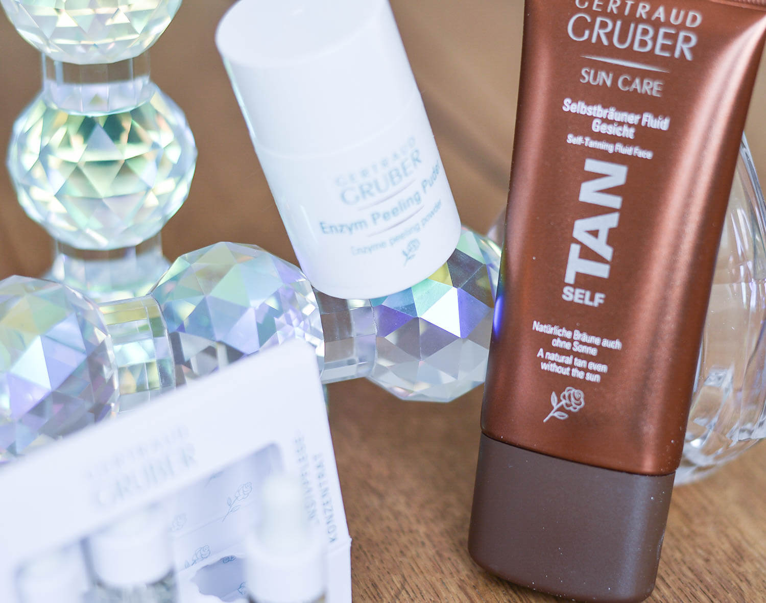 Beauty-Cosmetic-Faves-from-CND-Gertraud-Gruber-and-Deynique-beautyblogger-kationette-lifestyle