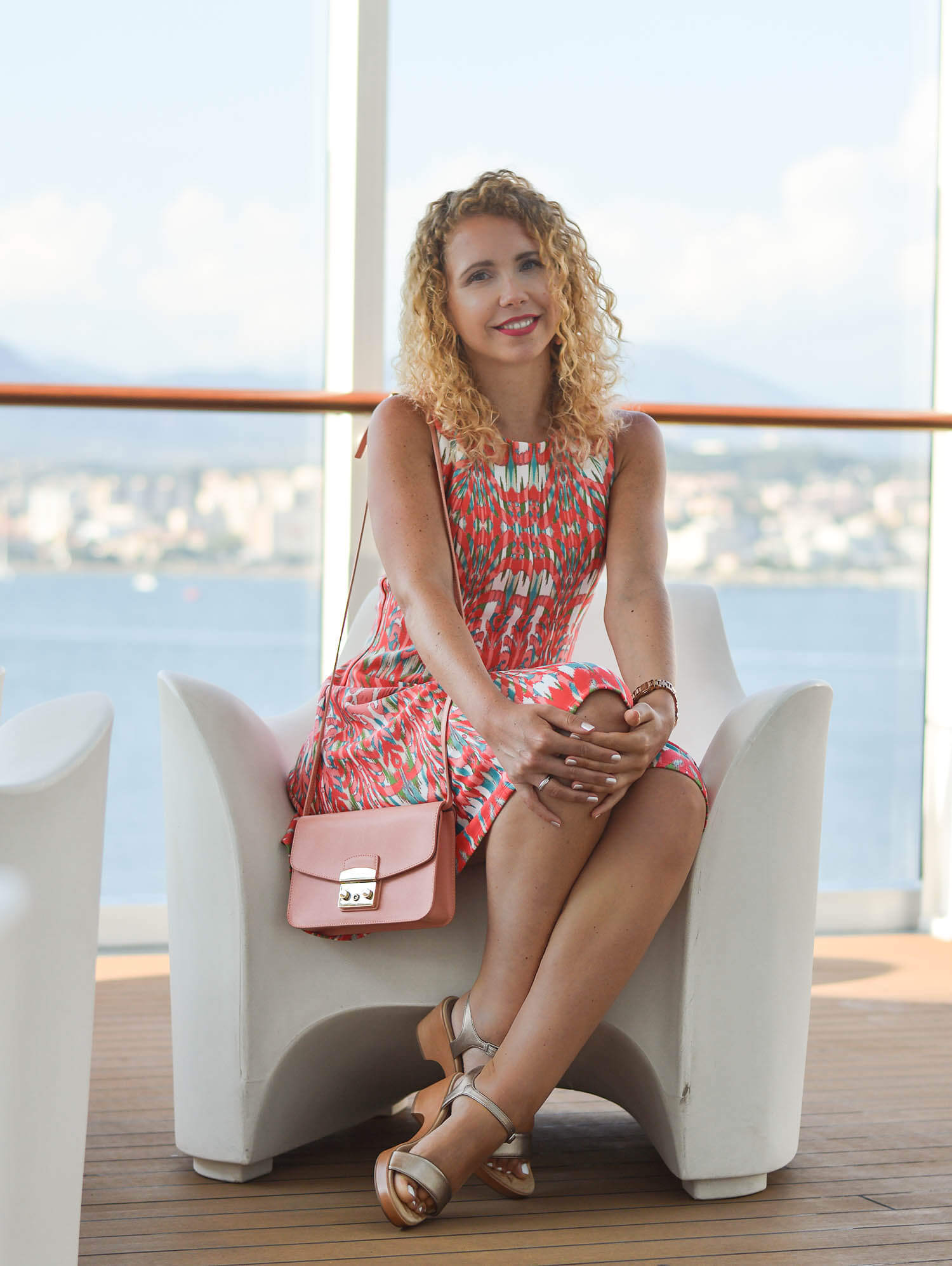 Outfit-Cocktail-Dress-Unisa-Sandals-and-Fula-Bag-on-Board-of-AIDAprima-Kationette-Fashionblogger