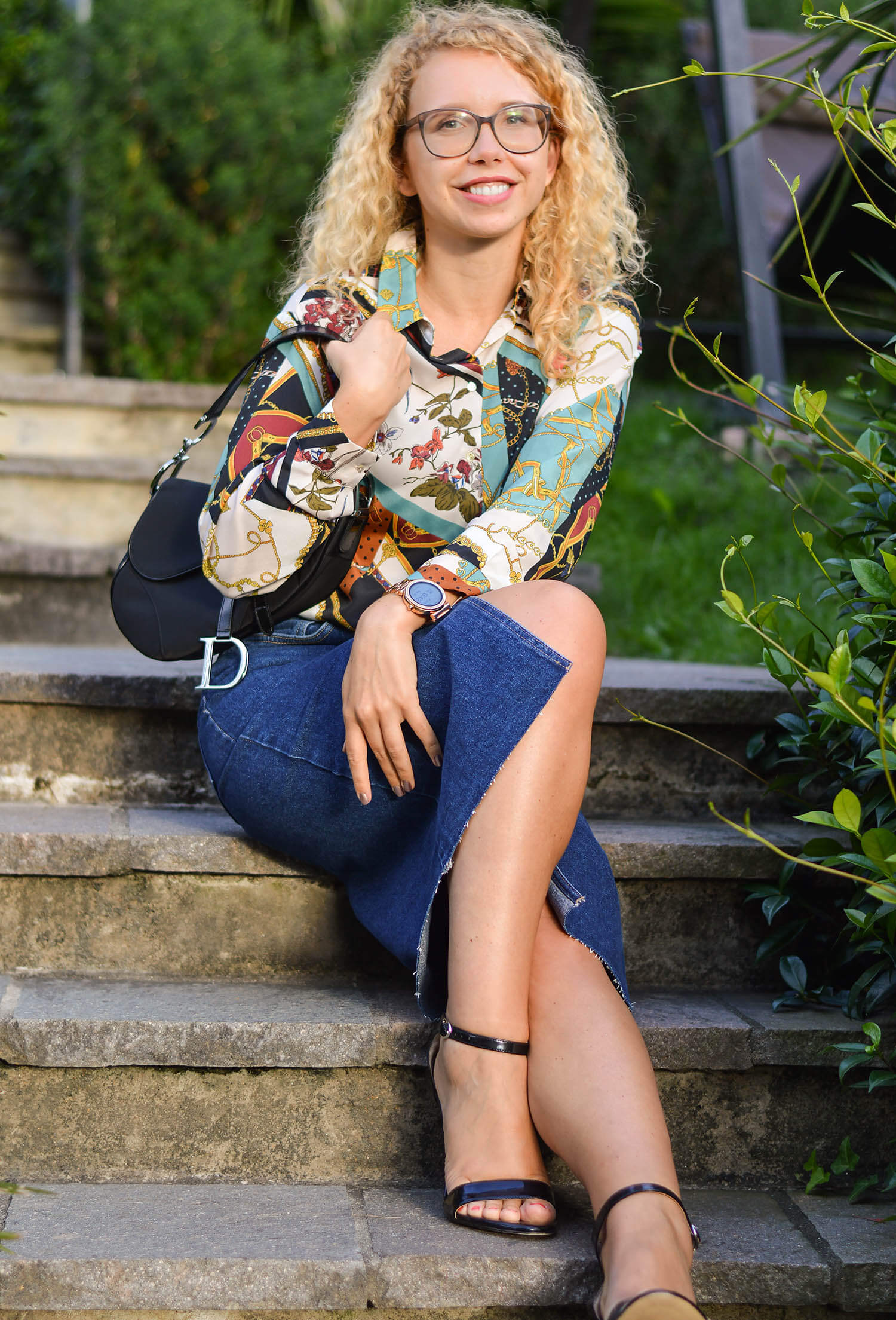 Outfit-Denim-Pencil-Skirt-Chain-Print-Blouse-and-Life-Update-kationette-dior-saddle