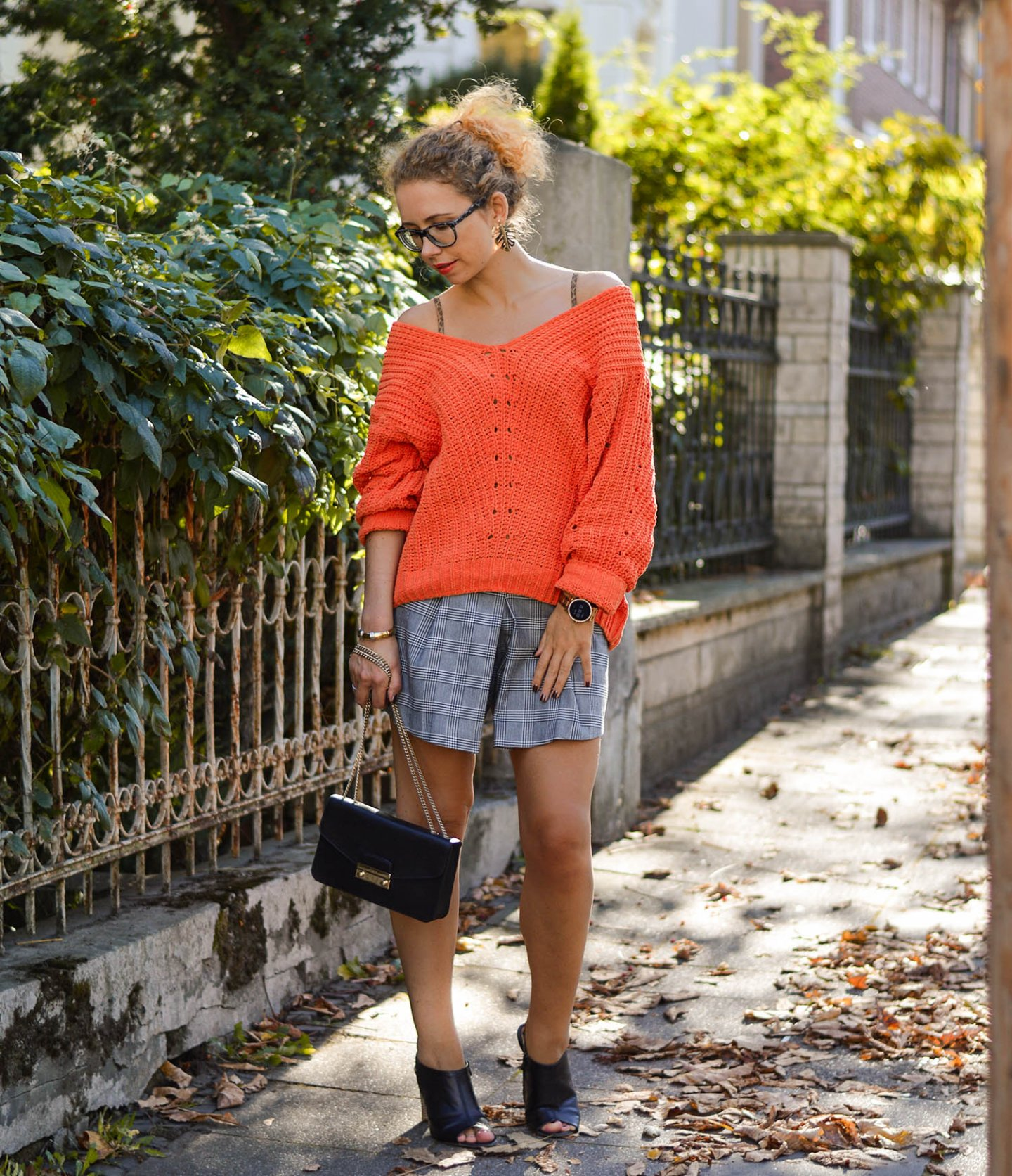 orange-sweater-skorts-furla-bag-indian-summer