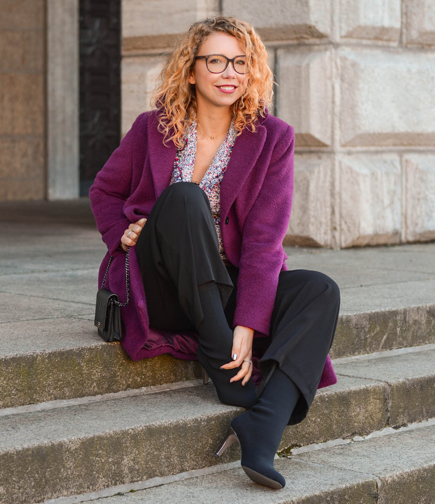 culottes-in-winter-purple-woolcoat-sockboots