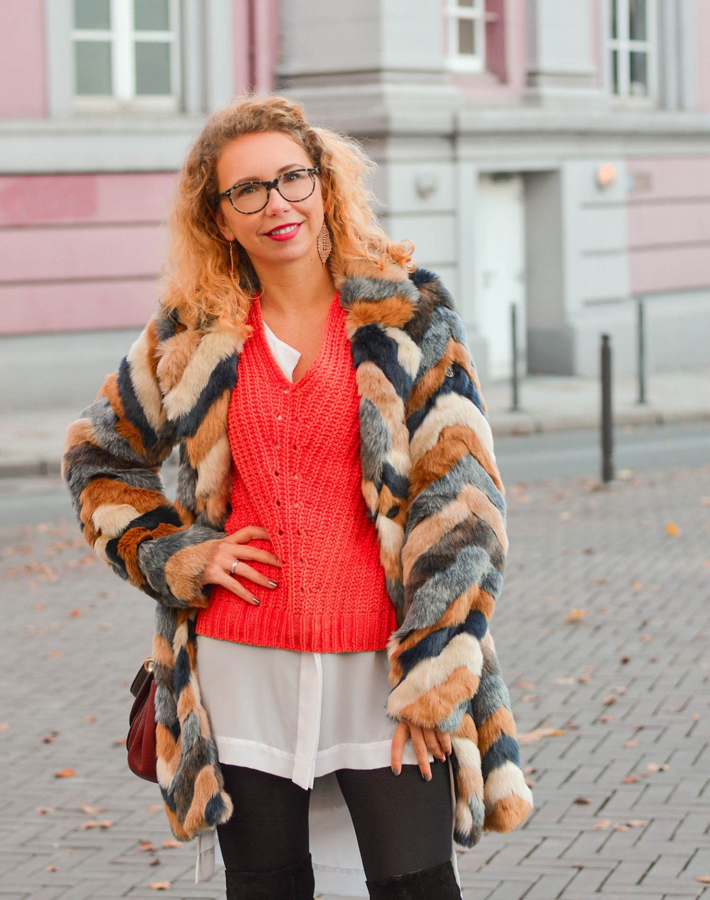 Fake-Fur-Coat-Layering-Overknees-Winter-Outfit-Kationette-Fashionblogger-Germany