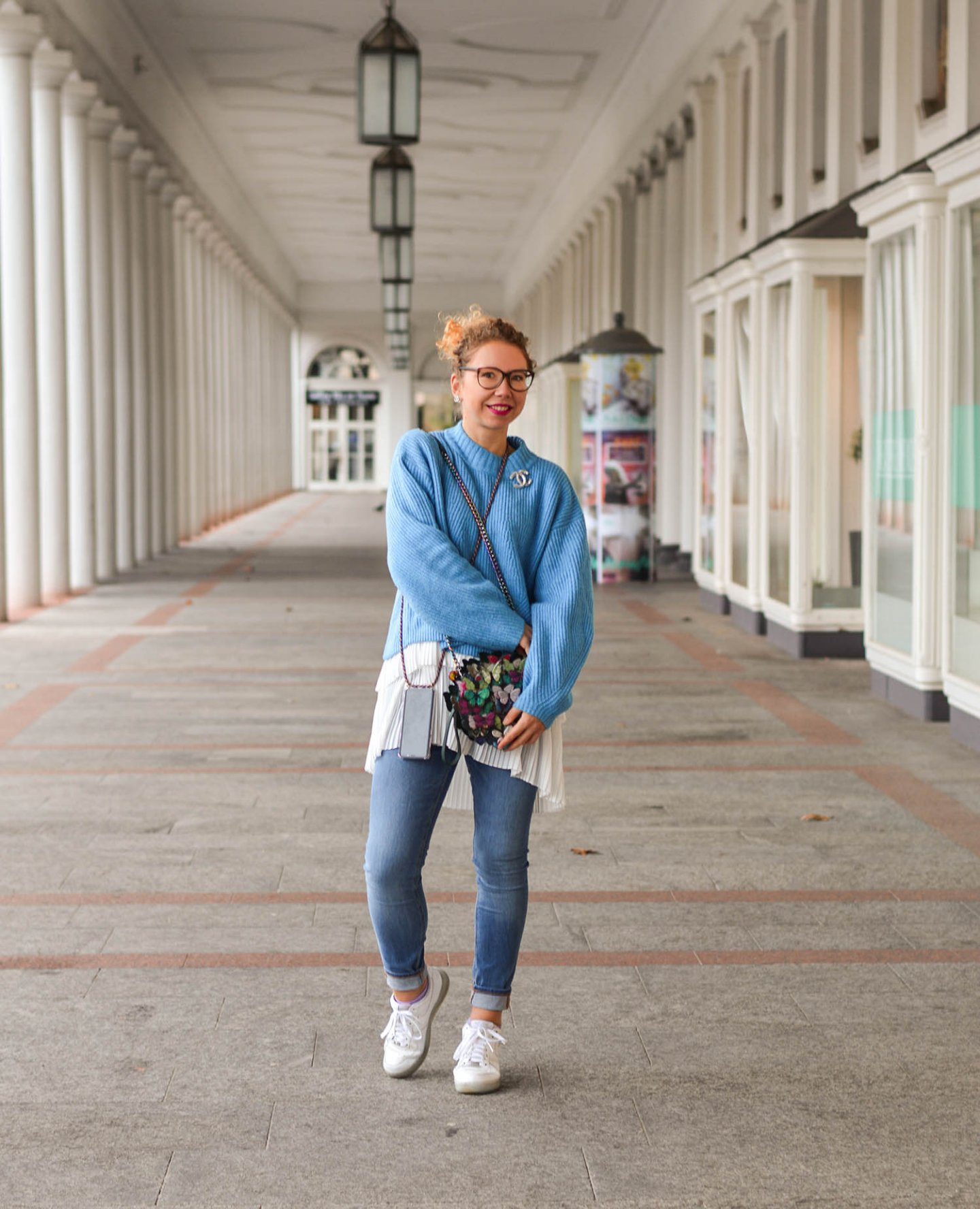 Baby-Blue-Sweater-Longbluse-Nike-Sneakers-Casual-Winter-Outfit-Kationette-Fashionblogger-Germany