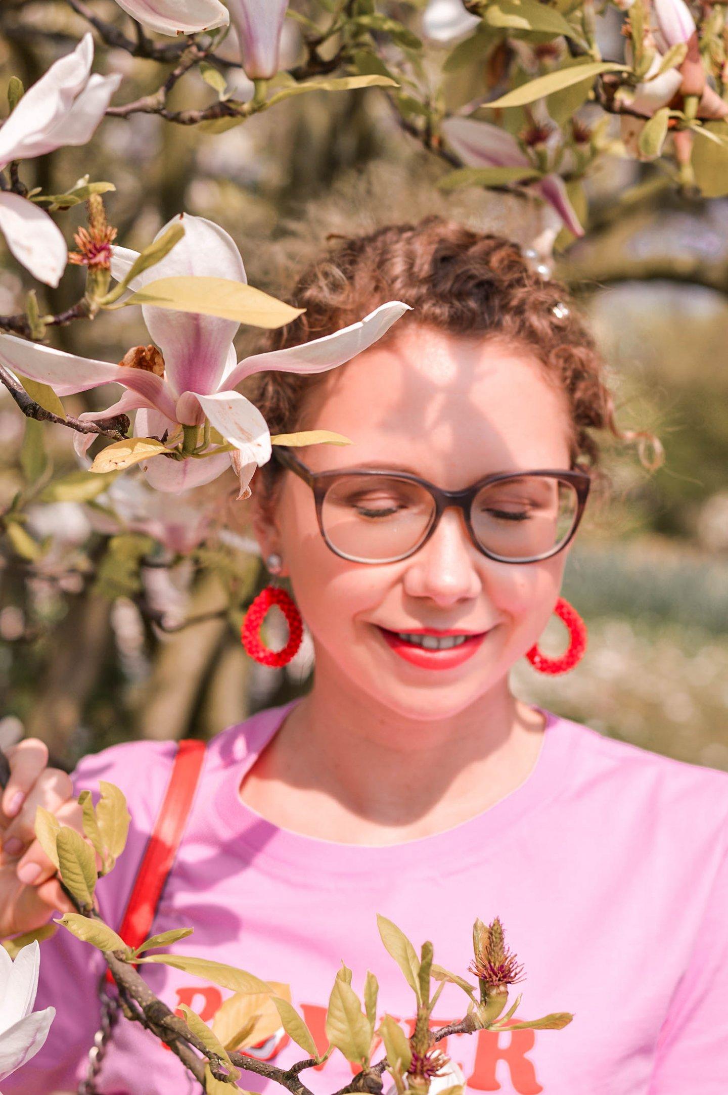 colorblocking-frühlingsoutfit-portrait-magnolie