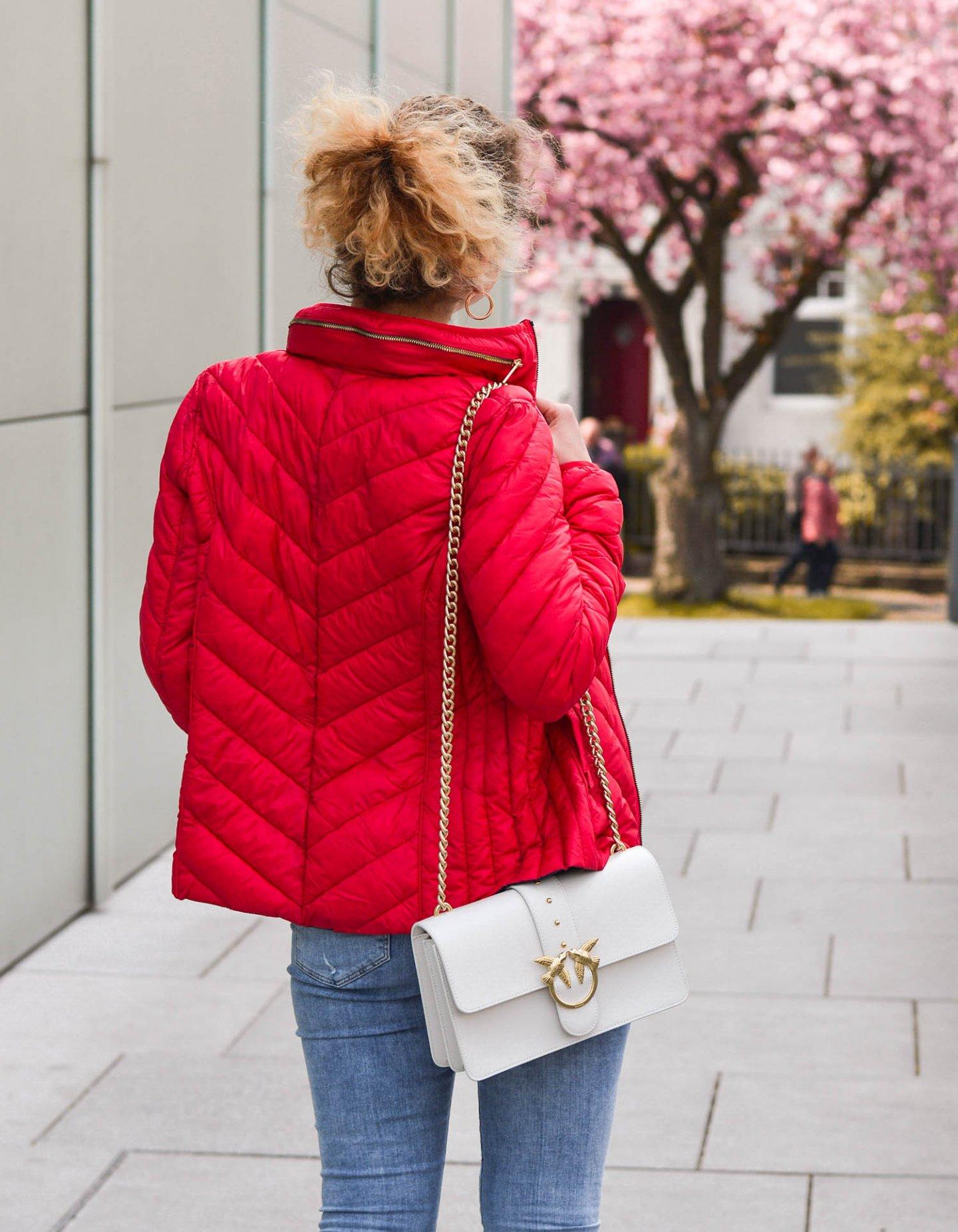 Steppjacke und pinko Handtasche