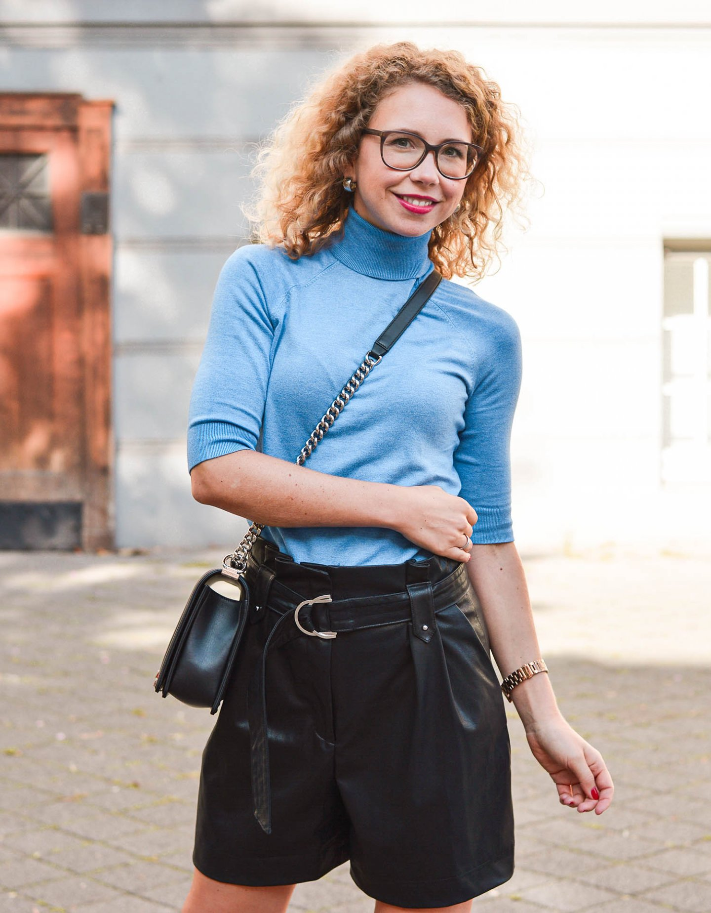 herbstliche Kombi in Blau und Schwarz