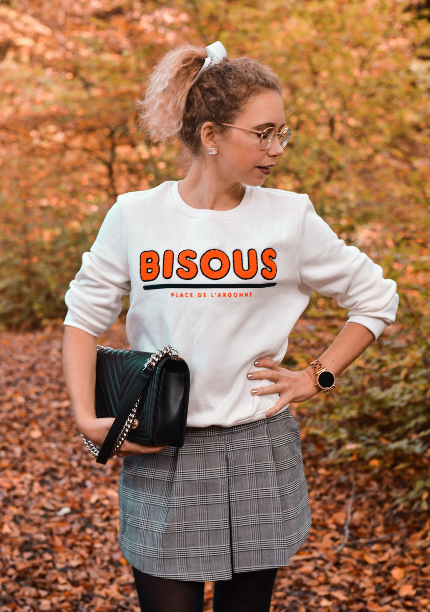 Herbstlook mit Bisous sweatshirt von H&M