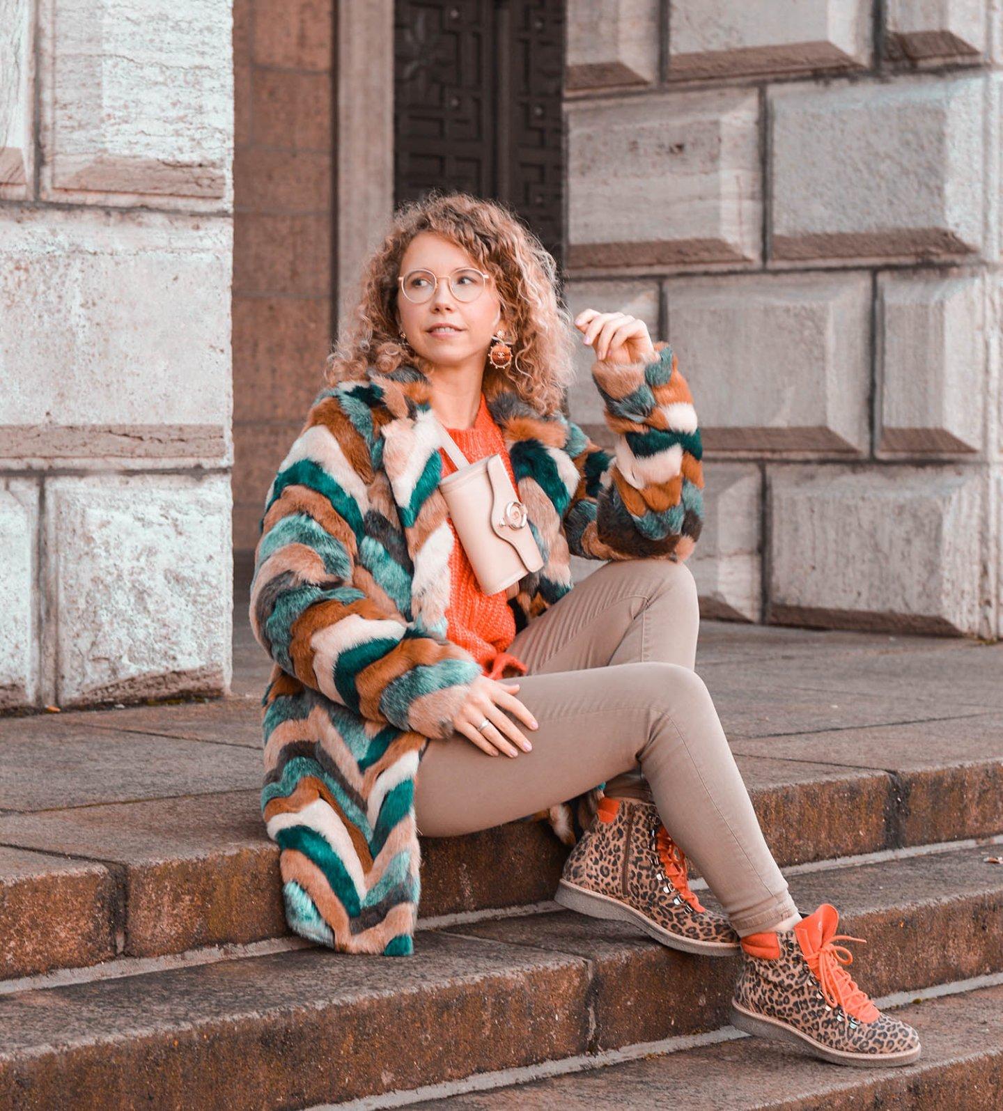 Fake Fur Mäntel: Kuschelig und stylisch durch den Winter