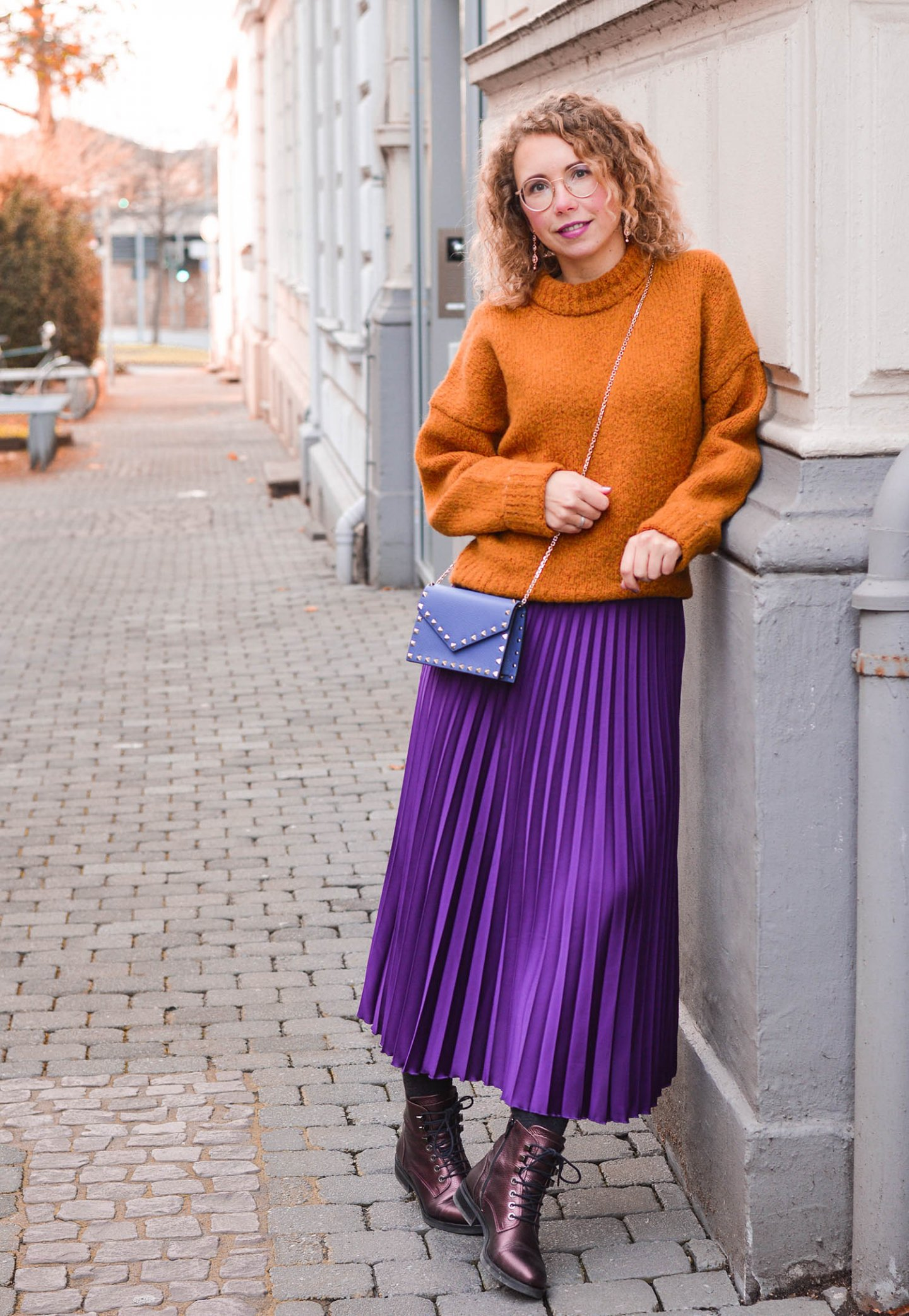 color-blocking outfit