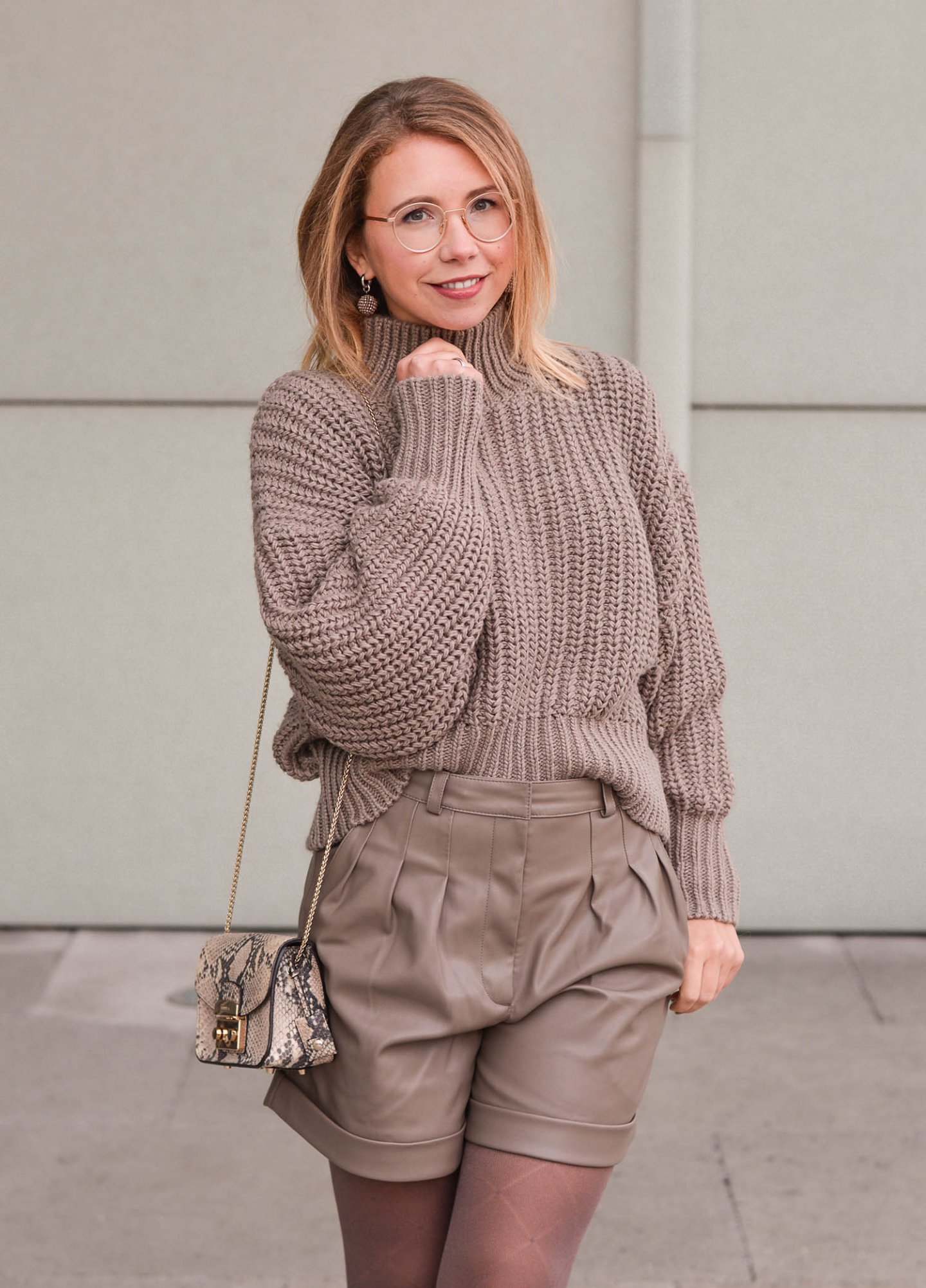 Alltaupe Outfit