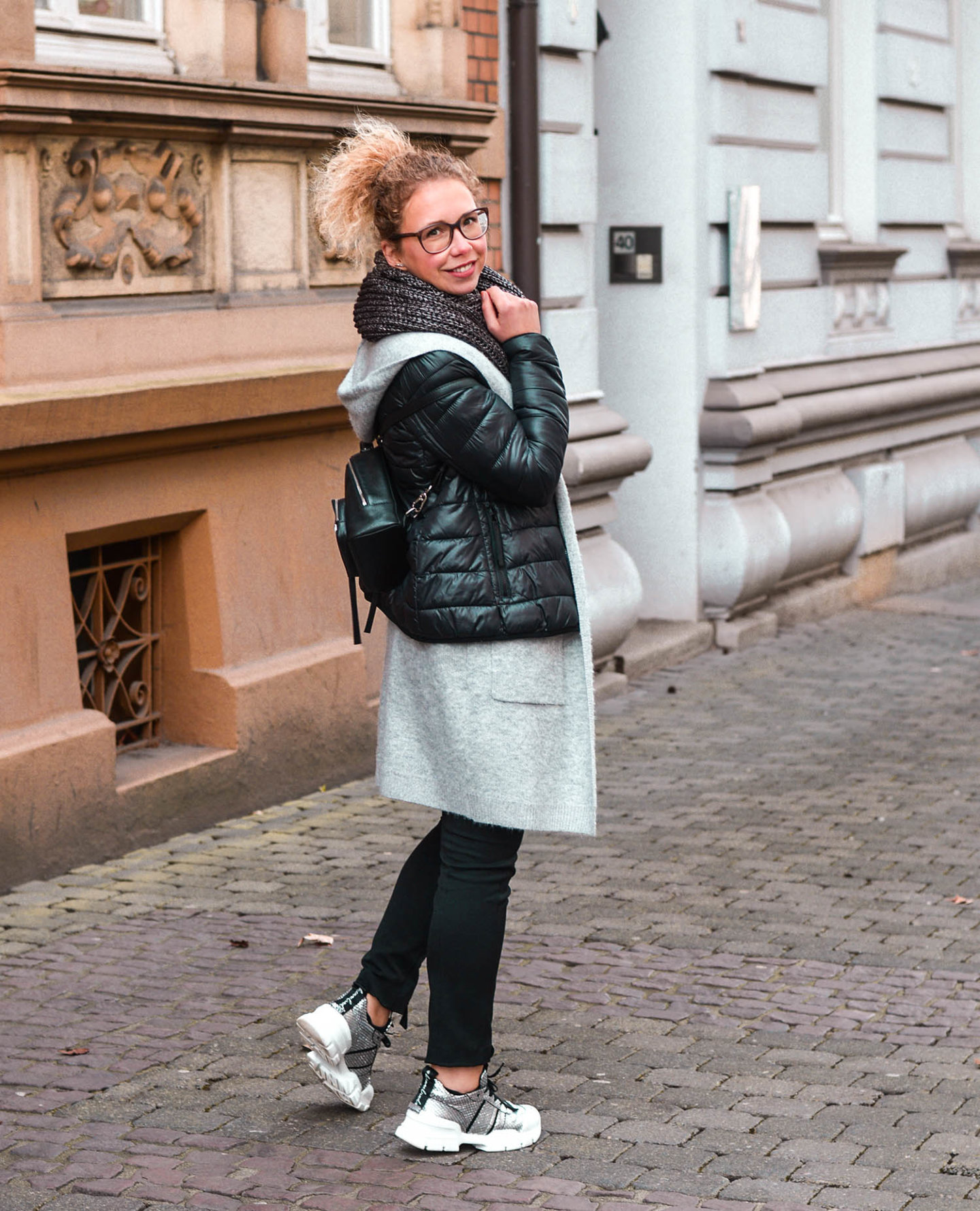 Chunky Sneaker Outfit Idee