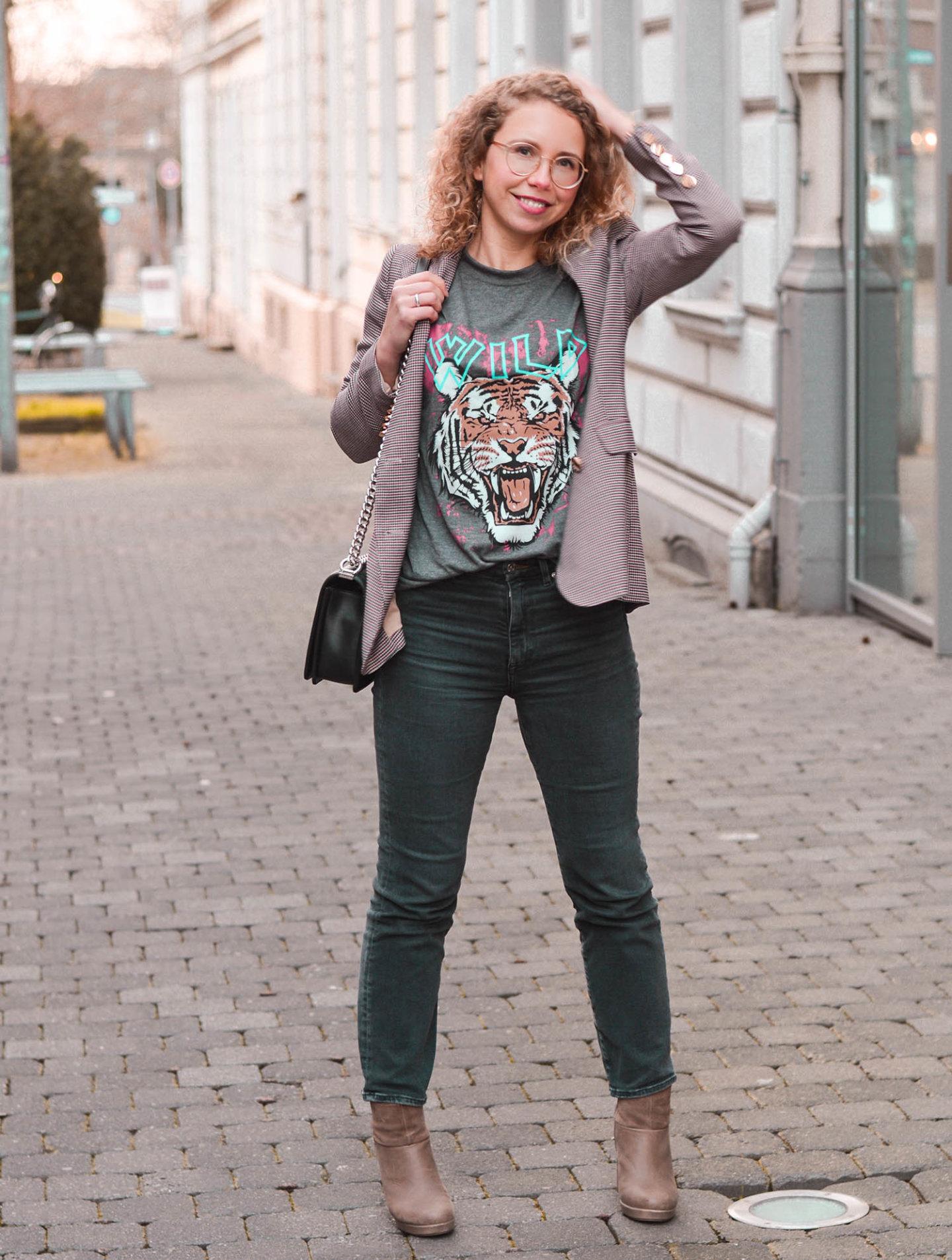 Rock-Shirt à la Anine Bing