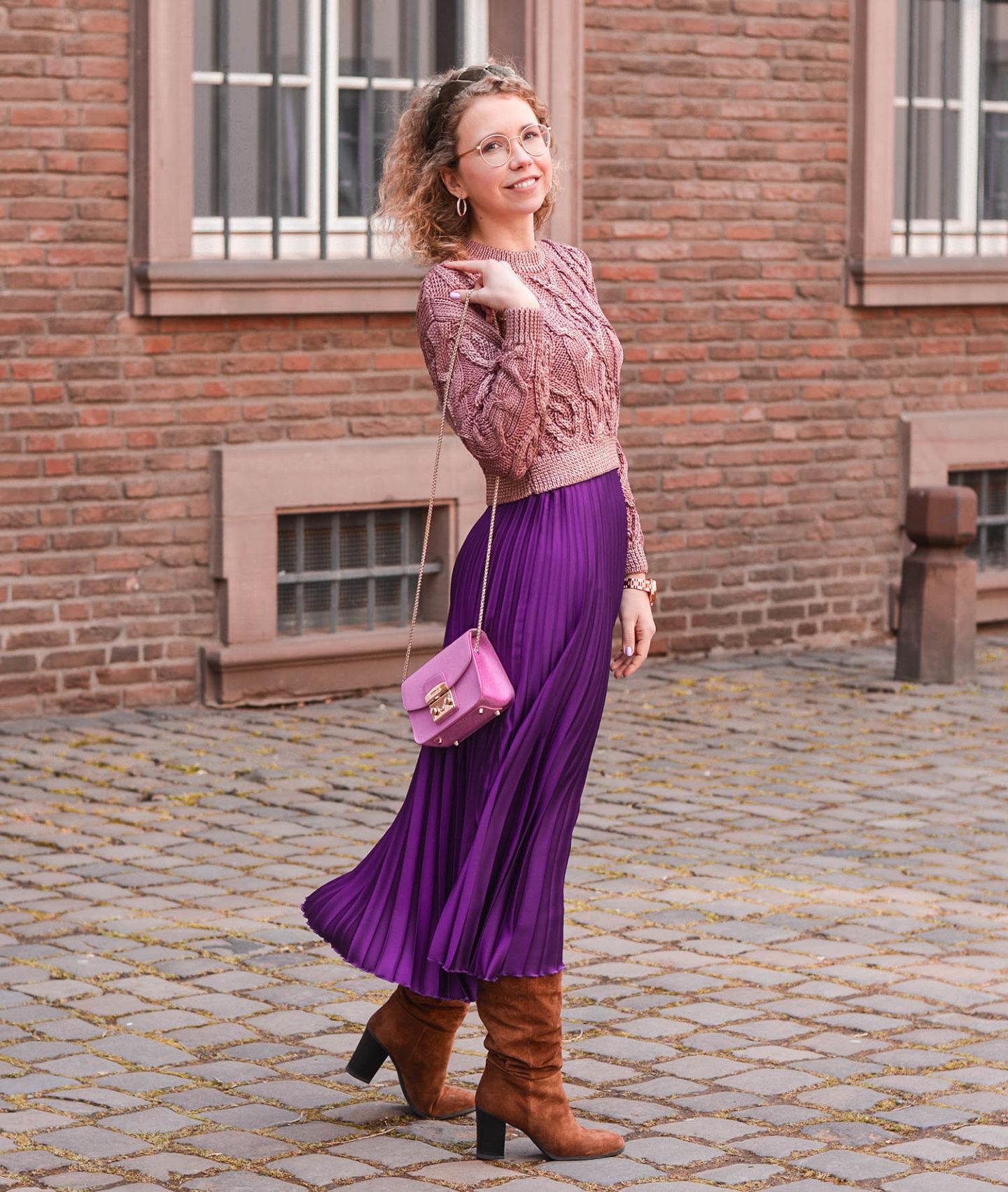zara outfit mit plisseerock