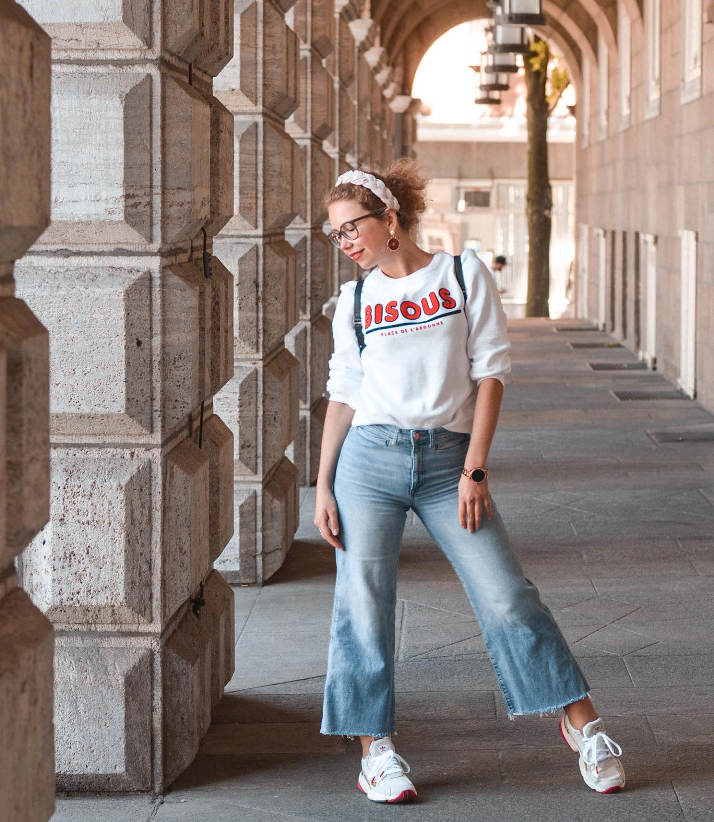 jeans culotte. sweatshirt, statement haarreif