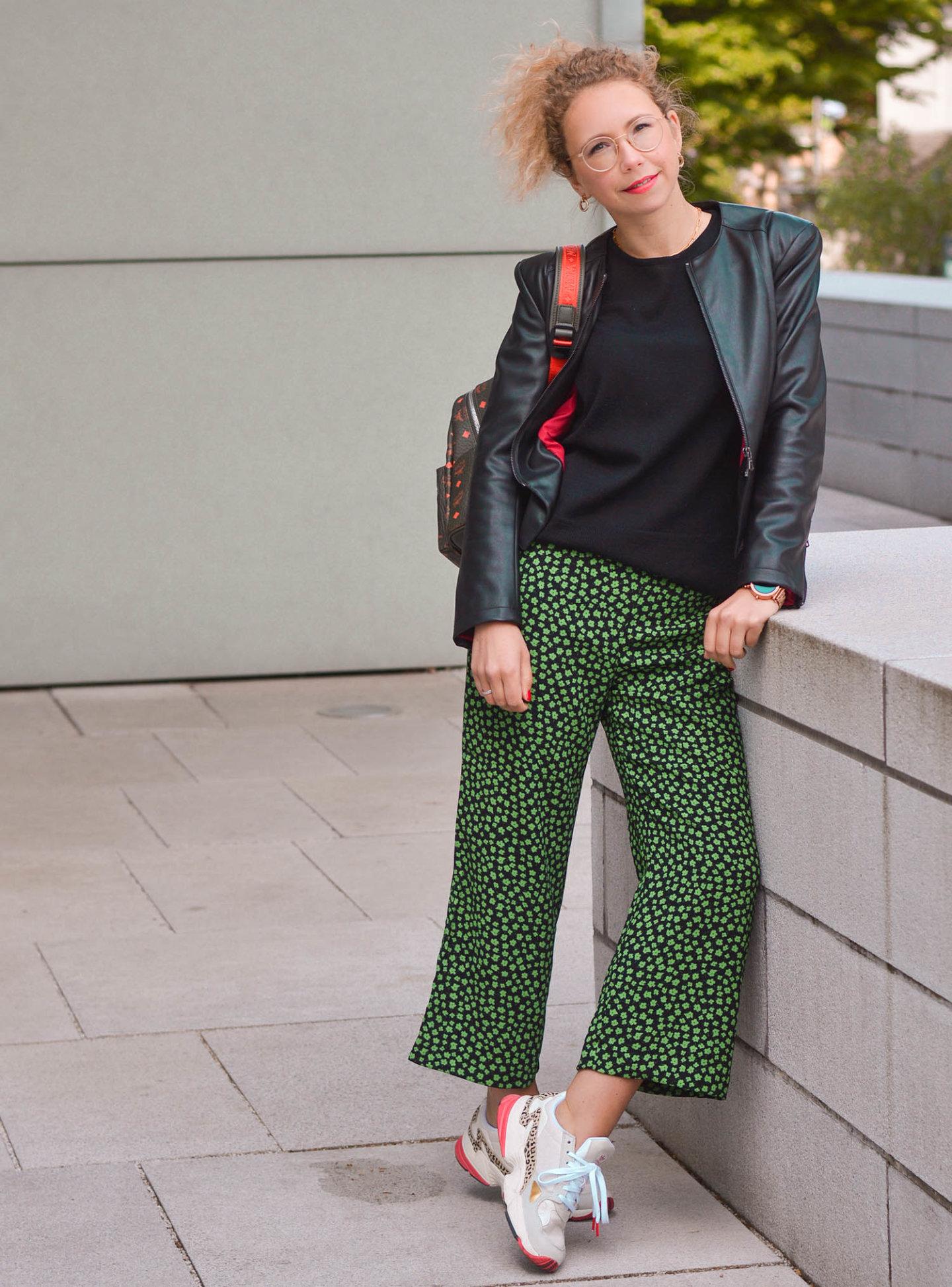 warum cropped pants so praktisch und vielseitig sind