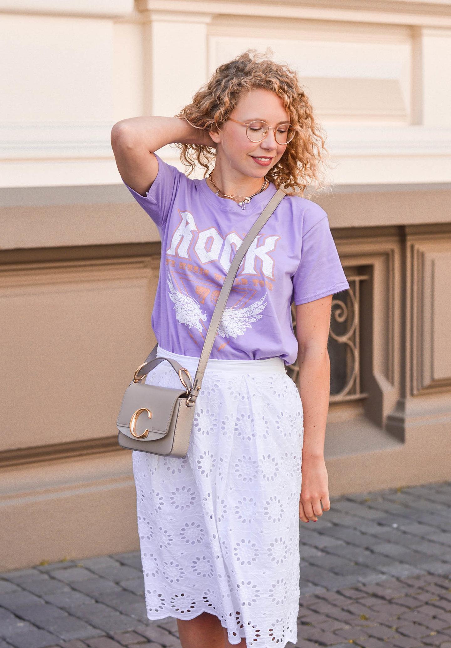Trendfarbe lila diesen Sommer kombinieren