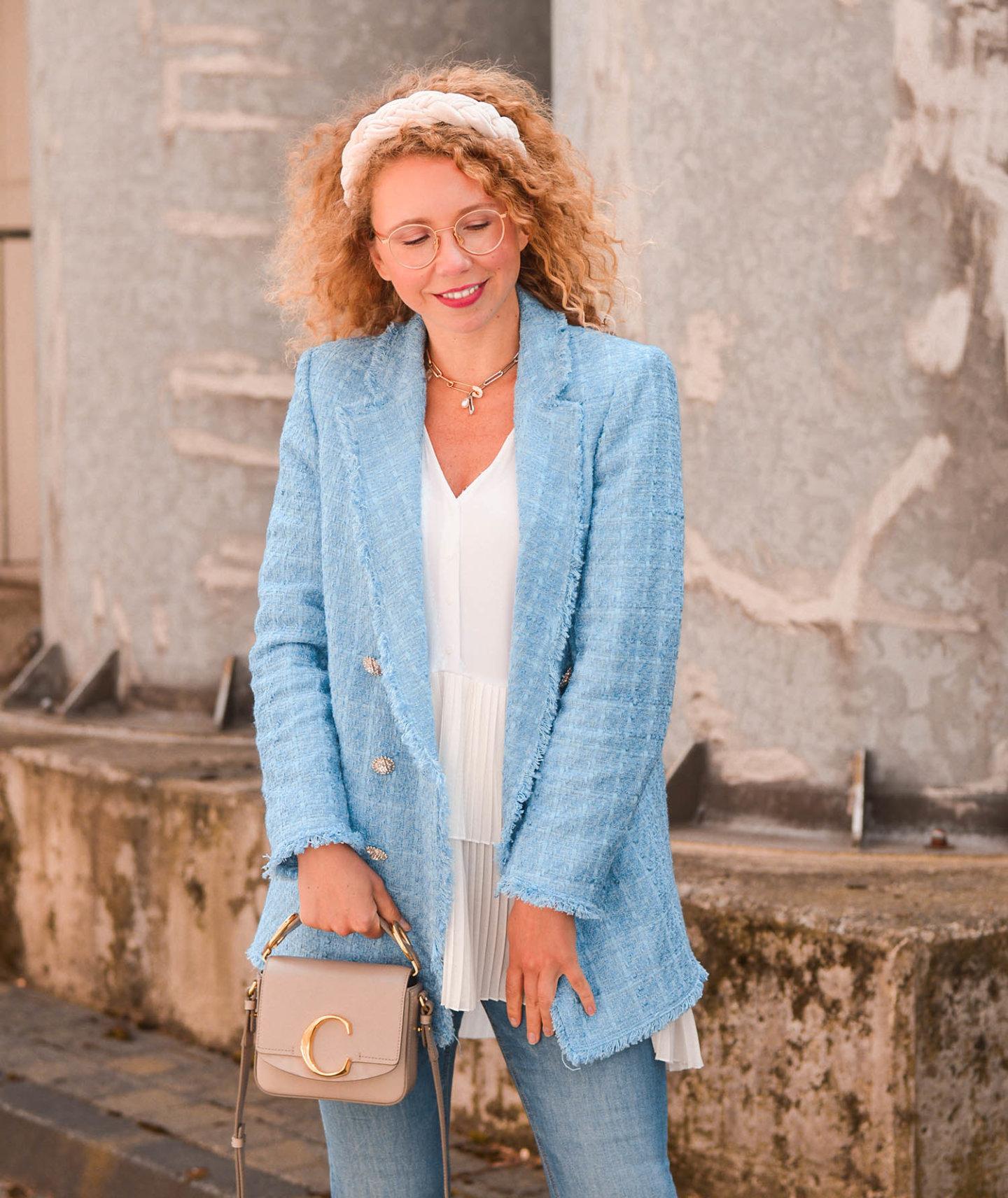 Zara tweed-blazer und plissé bluse